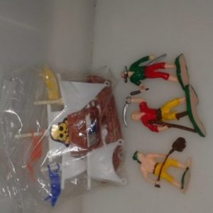 Plastic pirate figurine set 4 piece