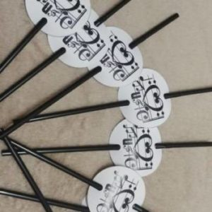 Music note party straws 8 per pack.