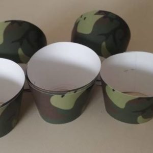 Camo cup cake wrappers 10 per pack.