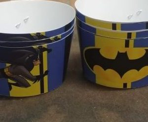 Batman cup cake wrappers 10 per pack.